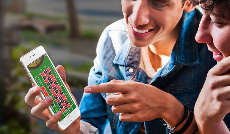 jugadores, móvil, ruleta